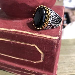 Other - Size 10 Unisex Ring Black Onyx Color On Silvertone